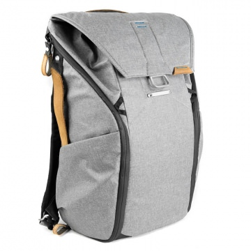 Peak Design Everyday Backpack 20L Ash hellgrau  Urbaner Foto und BikeRucksack