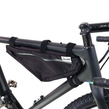 Road Runner Bags Wedge Half Frame Bag schwarz BikepackingRahmentasche